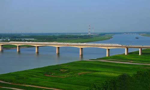 京沪高速新沂河大桥维修加固