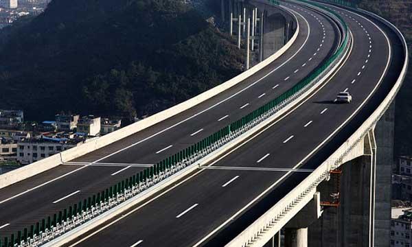 渝湘高速公路加固.jpg